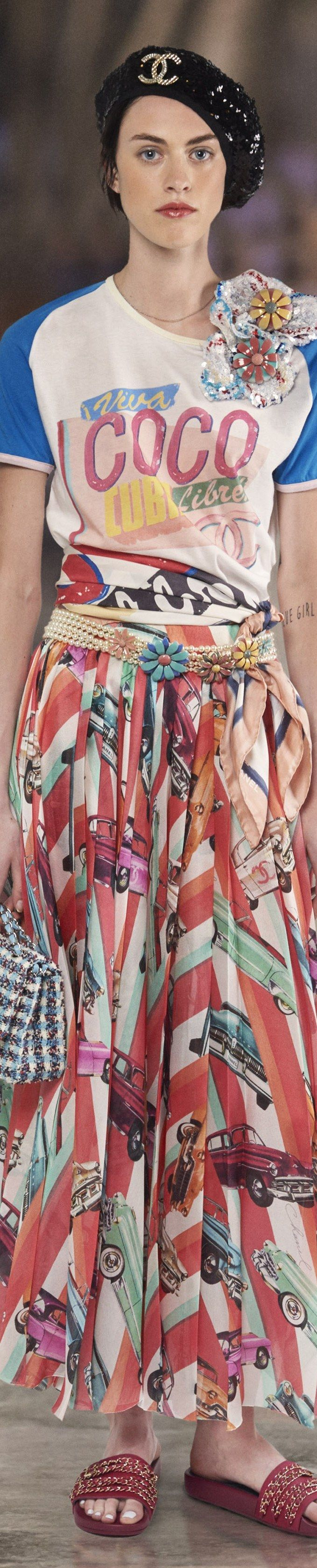 Chanel - Resort 2017 I want this skirt!