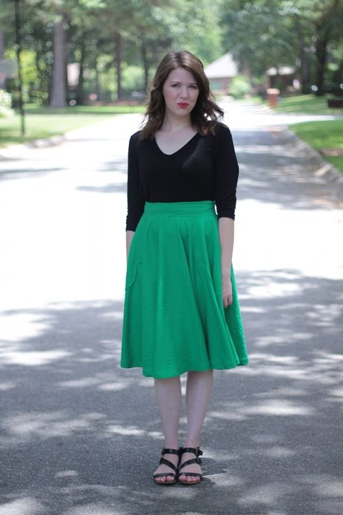 Dying over this Kelly green Veronika skirt