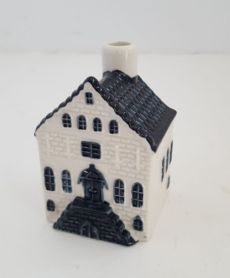 Blue Delft Exclusive KLM BOLS Royal Distilleries Holland House # 4 Not sealed Darker Paint