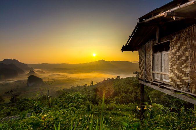 Doi Phulangka at sunrise, Province Phayao by keangs9 Seksan