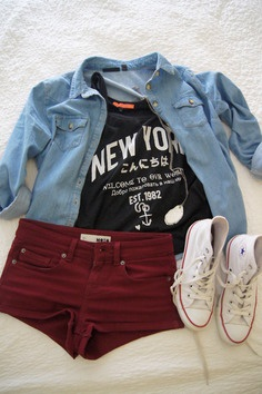 Blue jean shirt • New York tee • Wine red colored shorts • Chuck Taylor All Star Sneakers