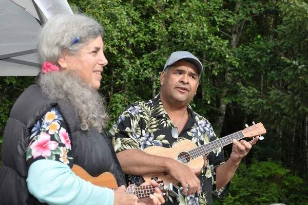 OPUS (Ocean Park Ukulele Strummers) is a no-fee group. Donations are accepted to help cover the cost of producing binders with sheet music copies and information. A donation jar is passed around at each get-together meeting.Meets at the Ocean Park Timberland Library on Mondays. Beginners play from 2
