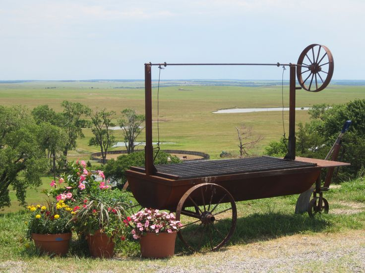 the pioneer woman outdoor grill | Visiting the Pioneer Woman's Frontier | repurposed life