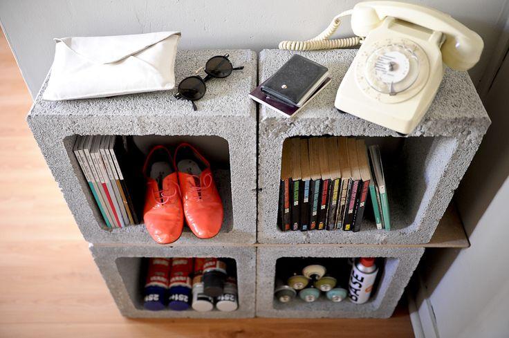 Des parpaings et hop un meuble original pour une entr e - Meuble parpaing ...