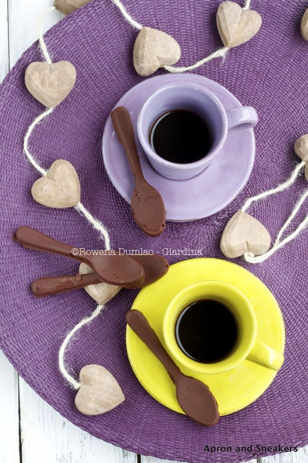 Chocolate and Nutella Coffee Spoons from @Rowena Dumlao Giardina | Apron and Sneakers