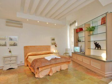 Luxury apartment in Rome close to Piazza Navona