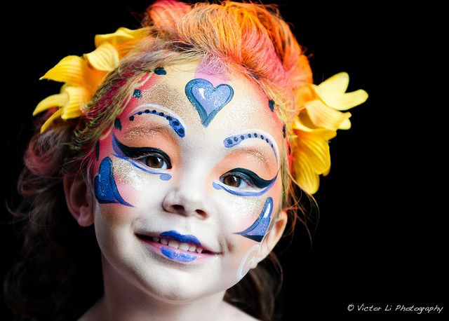 Dramatic face makeup | Kromatik (dramatic) in Cirque du Soleil style, at Buskerfest Toronto ...