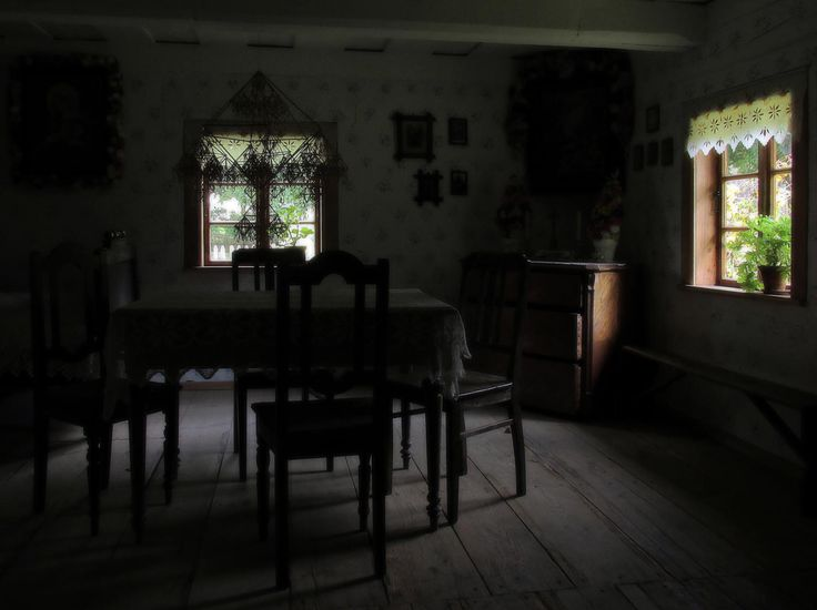 Rich peasant hut by Grzegorz Adamski on 500px
