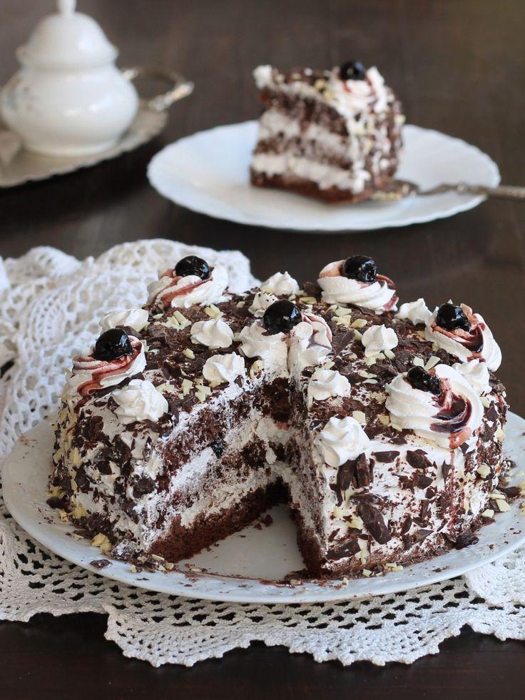 TORTA FORESTA NERA SENZA BILANCIA ricetta dolce con cioccolato