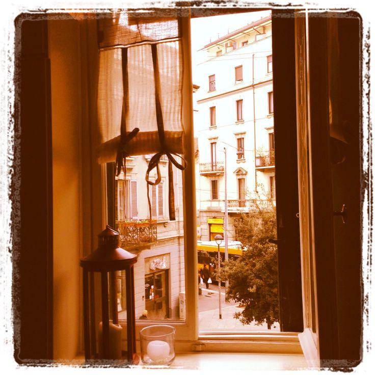 Caffetteria deliziosa per il suo stile provenzale.  Blanche Bistrot, zona Paolo Sarpi