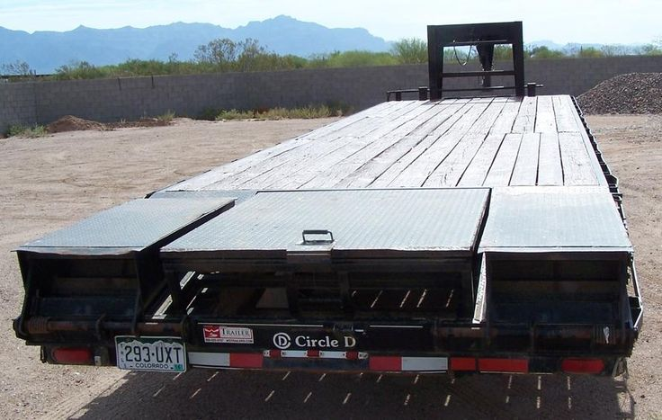 2008 Gooseneck Tandem Dually 24K GVWR Trailer For Sale In Phoenix ... CIRCLE D - 23,500 GVWR - EQUIPMENT TRAILER FOR SALE goose neck trailer, tandem axles with dual wheels, New Tires On Rear Axle, 32 ft deck, Drop Ramps For Loading, Tool Box, Chain Box, Stabilizers On rear For Heavy Loading . . . . ONLY $9,900 .... www.HDTrucksAndEquipmentSales.com .... (602) 510-5444