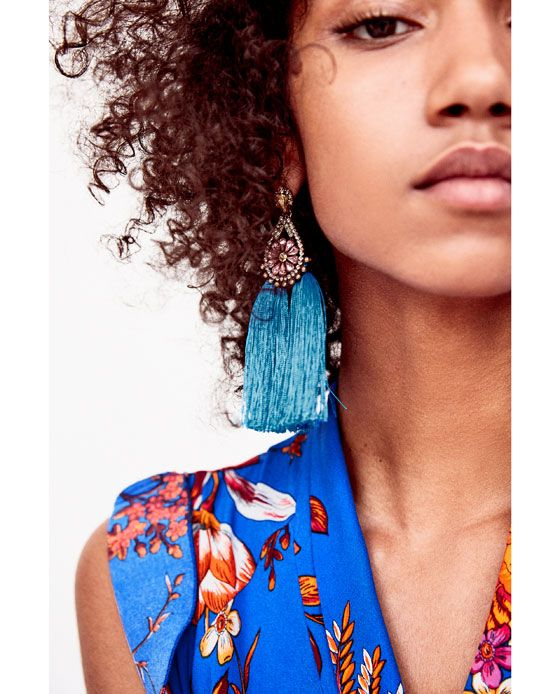 Party earrings with tassels from Zara. Absolutely love them😍