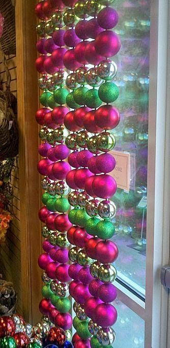 25 best ideas about winter window display on pinterest for Boutique decoration