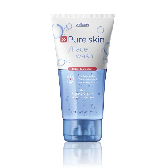 Oriflame Pure Skin Face Wash (20164) - Cleanses impurities and eliminates excess shine from the surface of the skin for a clearer and healthier-looking complexion. Oil-free formula helps balance oily skin. Removes and prevents impurities, cleanses skin and eliminates dead skin cells. Use daily for a visibly shine-free effect. 150 ml.