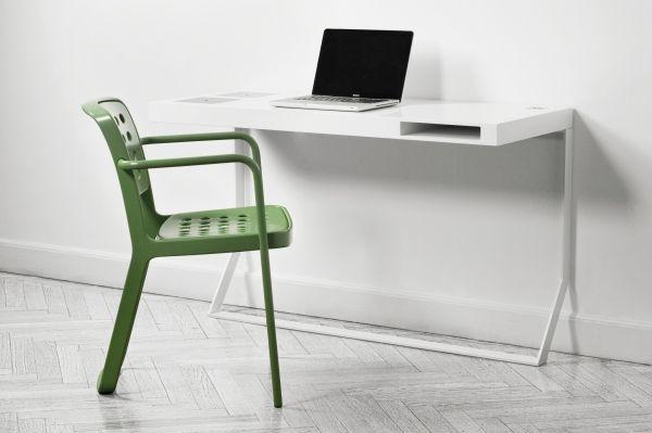Mini Milk desk - Søren Rose Studio for Apple fans