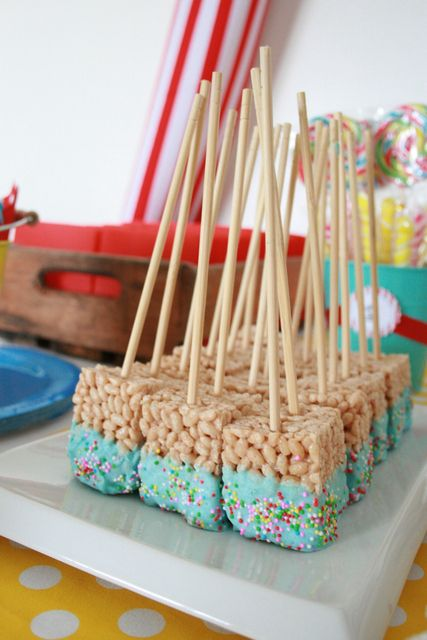 Rice Krispie Treat Pops at a Circus Party
