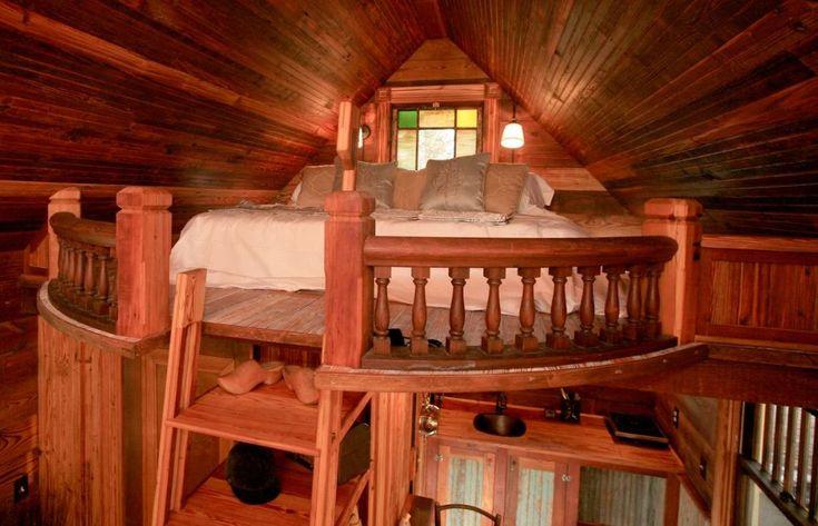 Texas Victorian Tiny House bedroom