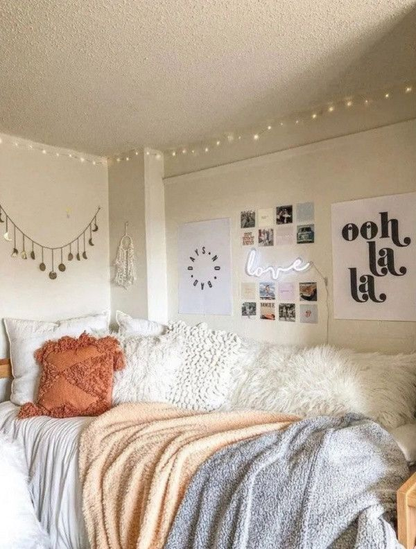 50 Vsco Bedroom Ideas For The 2020 College Dorm Room Decor Inspiration Designs