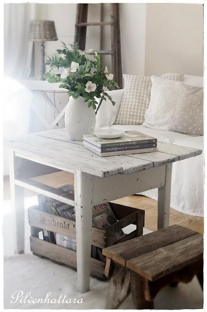 Delicado salón en estilo rústico blanco | Decorar tu casa es facilisimo.com