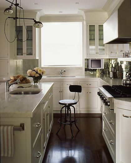 kitchen by Steven GambrelLights, Kitchens Design, Modern Country, Small Places, Small Kitchens, Country Kitchens, White Cabinets, Stools, White Kitchens