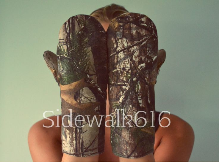 Real Tree Camo Mittens by Sidewalk616 on Etsy, $20.00