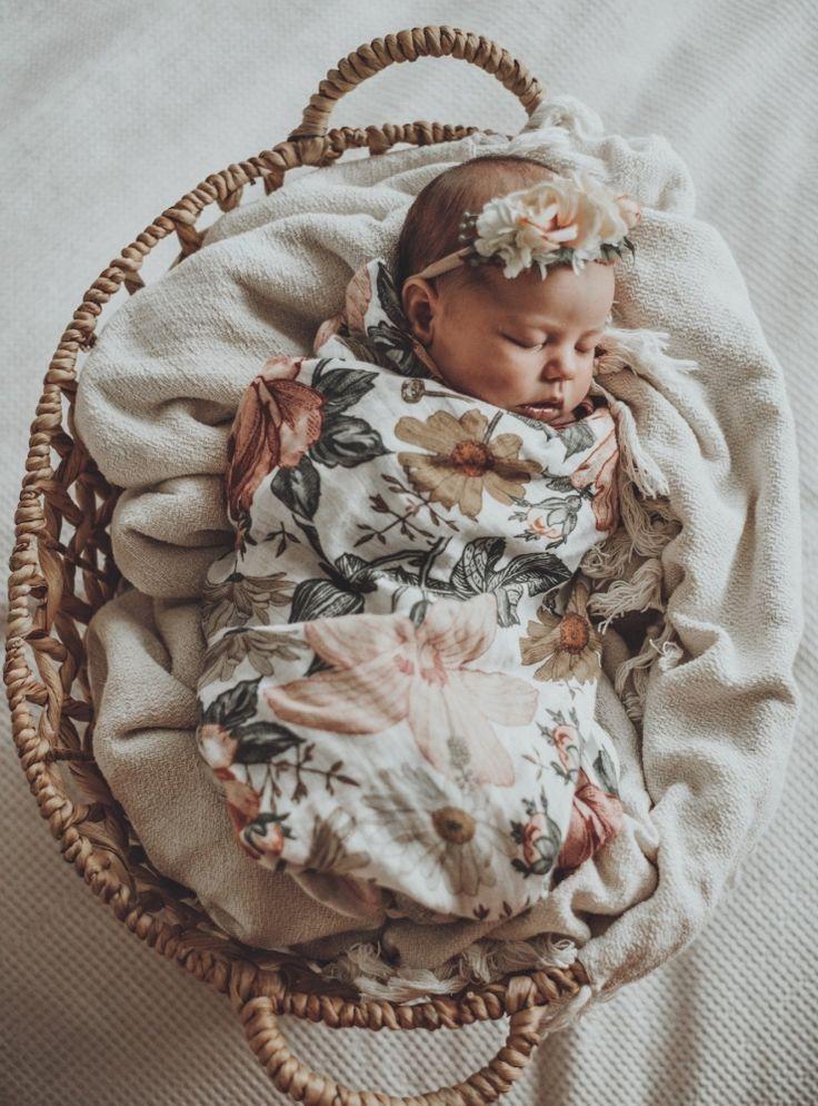 NEWBORN PHOTOGRAPHY – BABY GIRL MAYA VICTORIA –