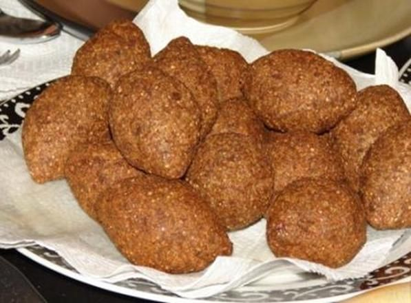 Find Lebanese Food Recipe - Akras Kibbi Maklieh Fried Kibbi Balls