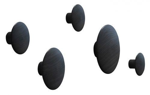 The+Dost,+designet+av+Lars+Tornøe+for+Muuto.+Et+sett+med+5+stk+består+av+av+1+stor,+1+medium+og+3+små+knagger.+De+runde+myke+formene+er+både+praktiske+og+dekorative. Størrelse:Small:+Ø+9+cmMedium:+Ø+13+cmLarge:+Ø+17+cm