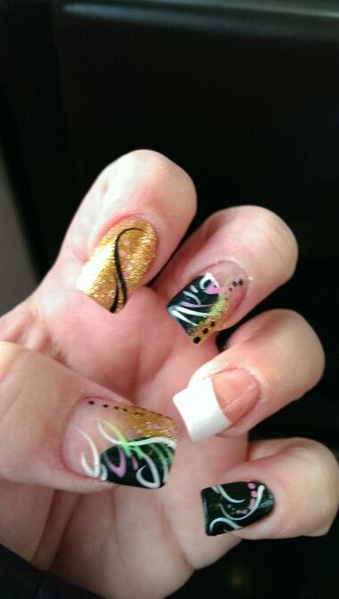 Green Bay Packers 2015 NFC Championship inspired nails!