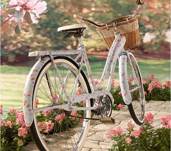 DIY Decoupaged Vintage Bicycle - I have a bicycle that I would love to do this to.....hmmmm