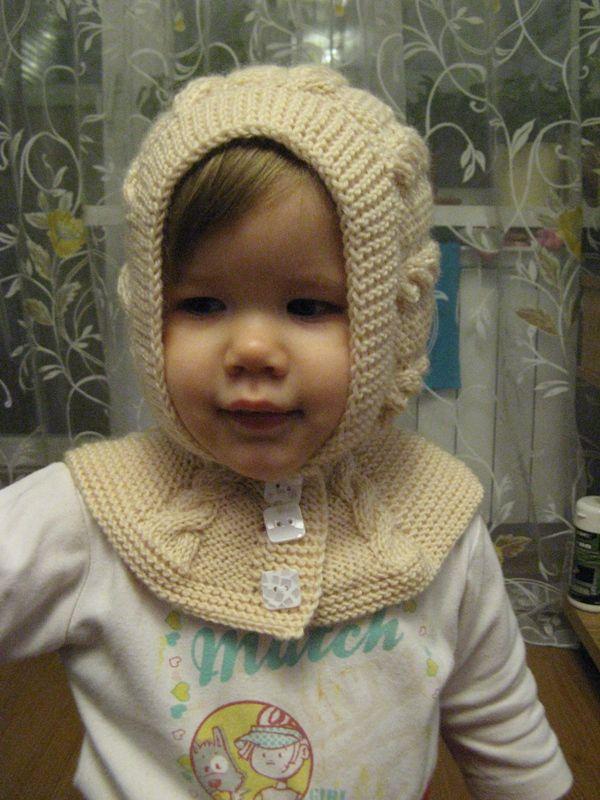 Детская шапочка-шлем спицами: четыре модели для вязания