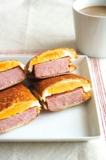 がっつり満腹!チャーシューエッグサンド - guaranteed perfect satisfy. thick ham and fried egg sandwich