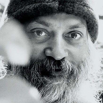 Osho! (Photo from Wikimedia Commons, CC-By-SA - http://commons.wikimedia.org/wiki/File:%D8%A7%D9%88%D8%B4%D9%88.jpg)