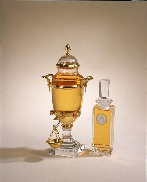 Caron Perfume