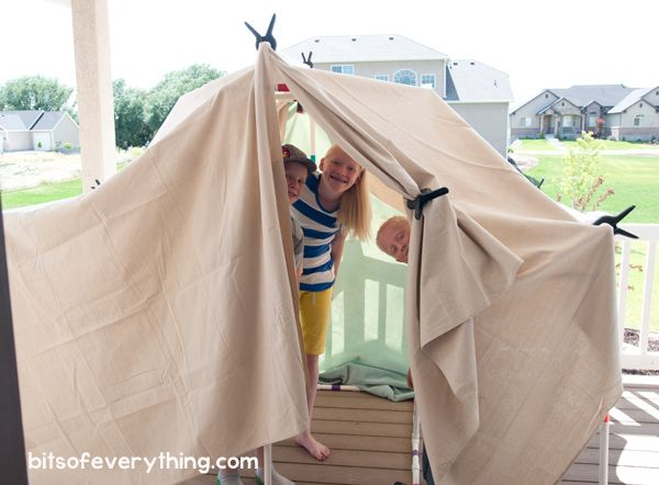 DIY Fort Kit for Indoor or Outdoor Use (she: Holly) - what a perfect year round play piece! My kids need one of these.