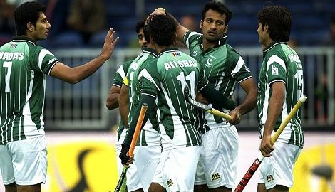 Last chance for Pakistan to qualify for Olympic Rio Games 2016  KARACHI: Once considered an unstoppable force in the World of hockey sports Pakistan is hanging to threads to qualify for the Olympic Rio Games 2016.
