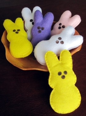 How to make Felt Bunny Peeps - DIY Craft Project with instructions from Craftbits.com