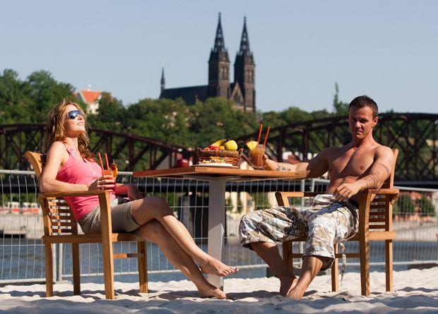 Пляж «Prague Beach» в центре Праги