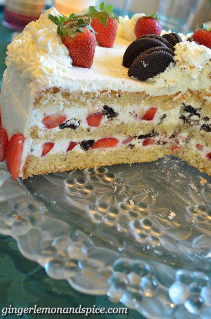 Cheese & Cream Cake with Strawberries and Oreos – Käsesahne-Torte mit Erdbeeren und Oreos from gingerlemonandspice.com