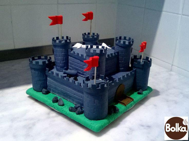 Decorated cake/dísztorta (castle)