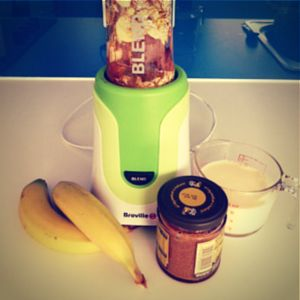 This museli #breakfast #smoothie is designed to be used in the Breville #blendactive and has museli, banana, almond, peanut butter, honey, soy milk and ice.