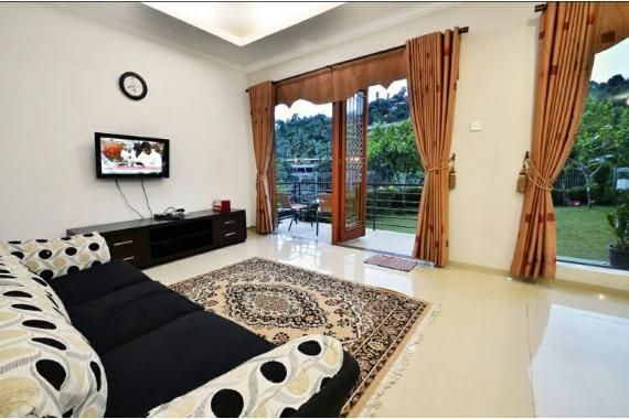 Villa Bandung (Amethyst 53)