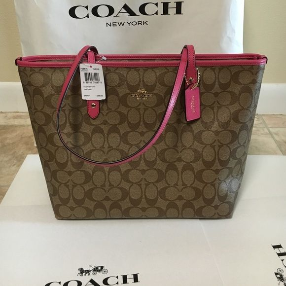 Coach tote signature pink trim Authenic brand new with tagopen to offer Coach Bags Totes
