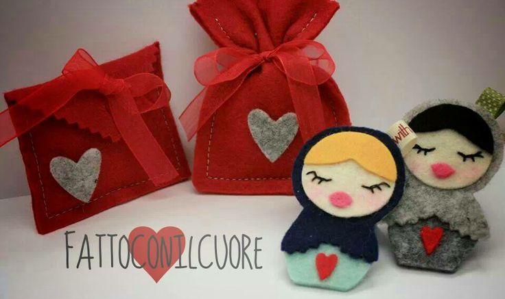 bomboniera  portachiavi matrioska e sacchetti laurea con cuore ,visita il mio shop http://www.misshobby.com/fattoconilcuore