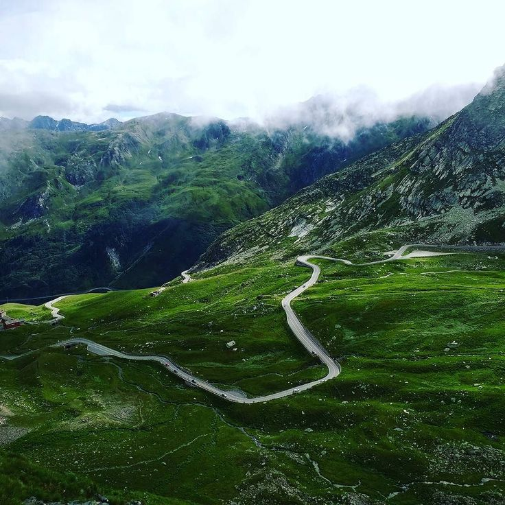 Checking out the Mont Blanc tour route over #grandsaintbernard one of the most beautiful passes! Can't wait. - - - #tcc #twickenhamcyclingclub #cycling #amazing #beautiful #mountains #mountaincycling #italy #italiancycling #montblanc #ukcycling #cycleswitzerland #cyclefrance
