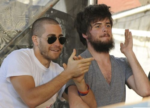 Jake Gyllenhaal & Winston Marshall (right)