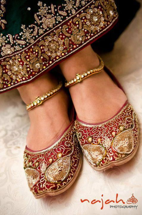 dulhan indian pakistani bollywood bride desi wedding payal