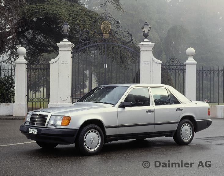 mercedes benz limousine der baureihe 124