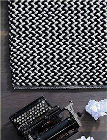 Teppich schwarz/ weiße Schlaufen -  CAR möbel