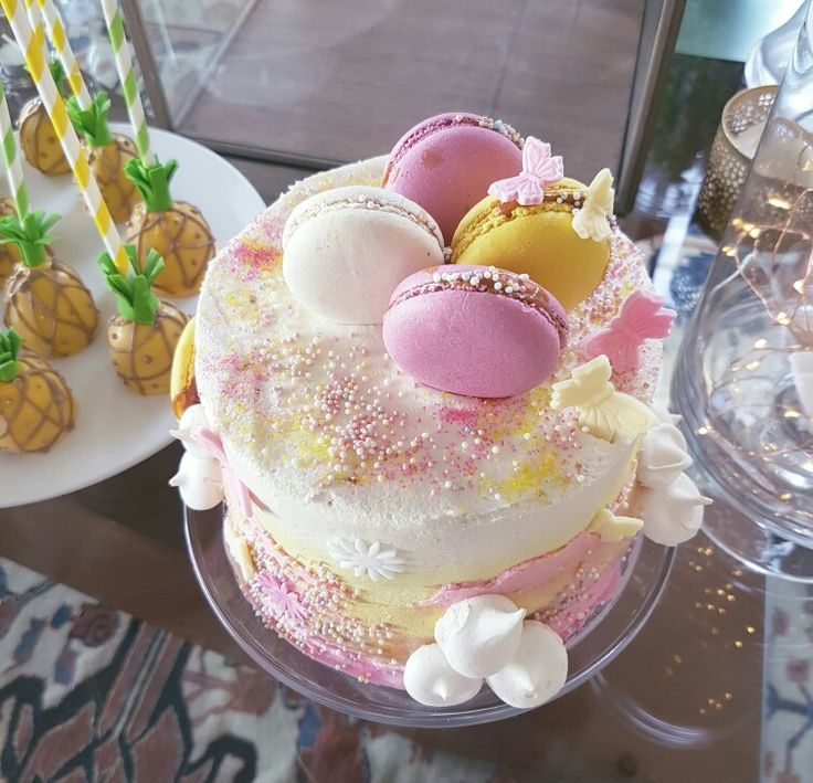 Mini Cakes lacto free Kinderkrippe Cakes by Elizabeth Viera Villar